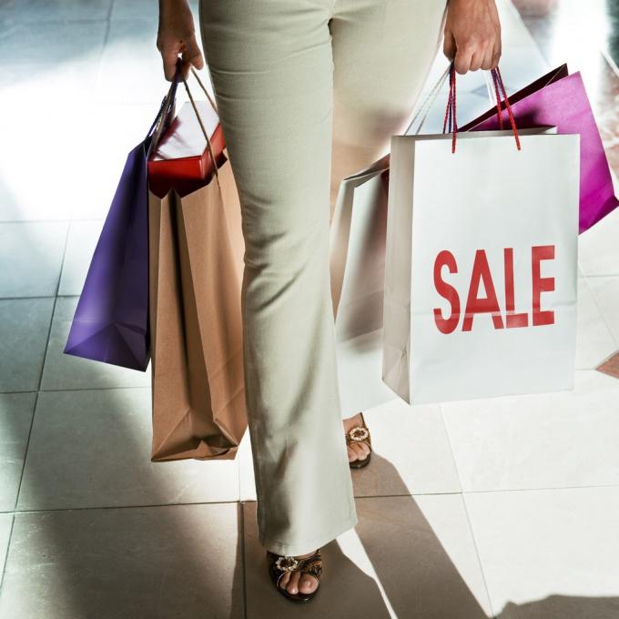 Из хорошего магазина розничной торговли покупатели всегда уходят с покупками