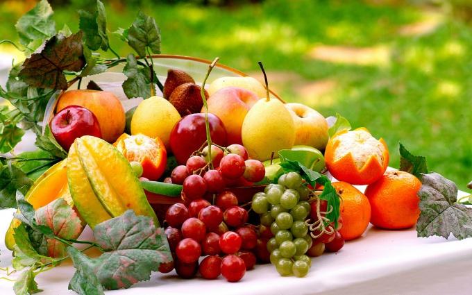 Выбирая фрукты и ягоды, обратите внимание, чтобы они не были слишком спелыми