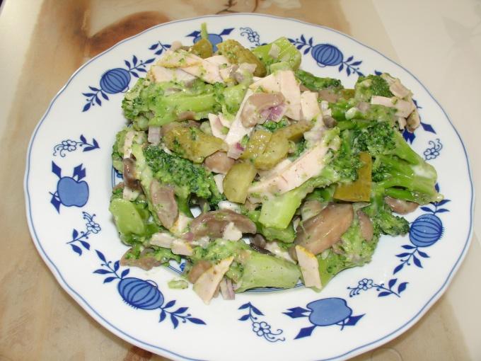 Как приготовить салат из шампиньонов