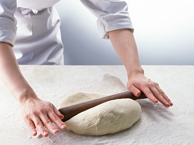 How to prepare dough for dumplings