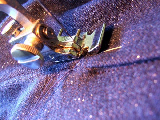 How to adjust thread tension