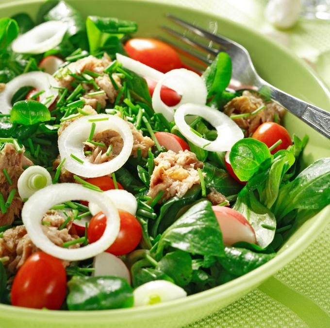 Как готовить салат из тунца