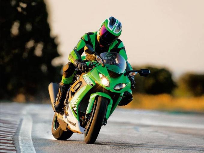 Как переключать скорости на мотоциклах