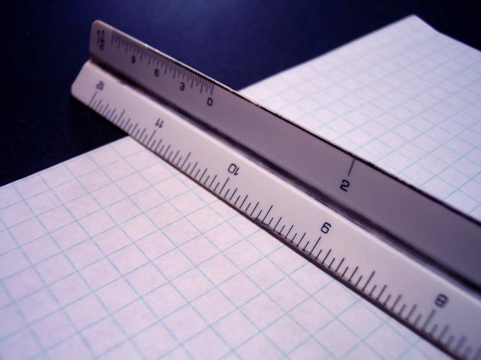 Как найти высоту равностороннего треугольника