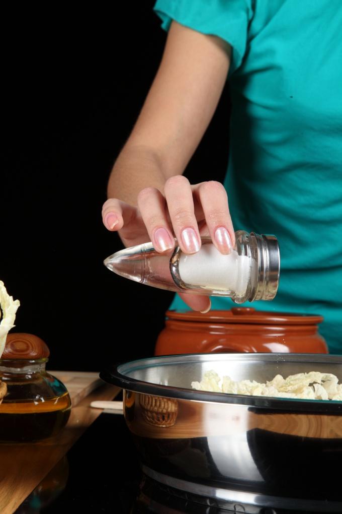 Тефлоновая посуда требует хорошего ухода