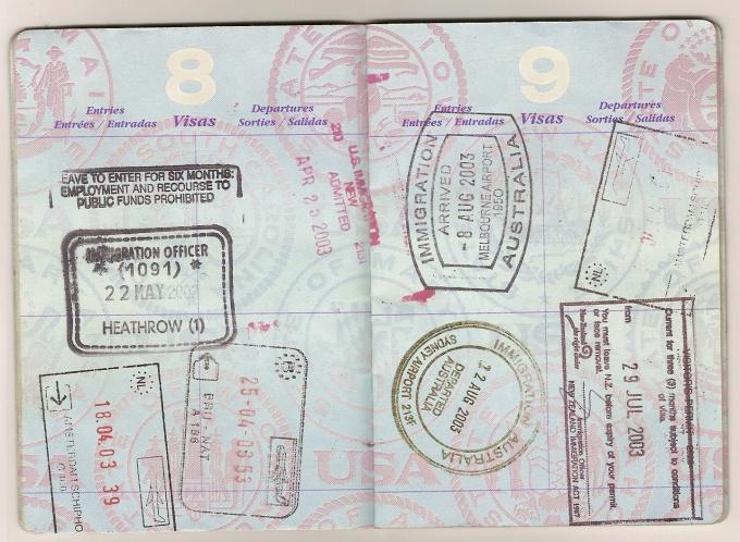 В паспорте всегда должны быть чистые страницы для новых виз