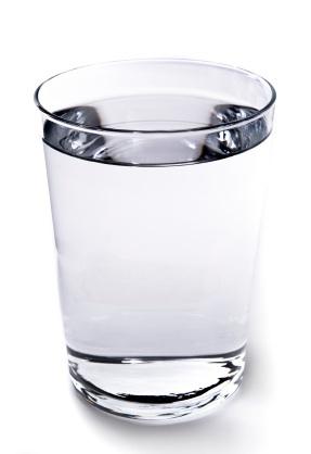 Можно использовать воду или спирт