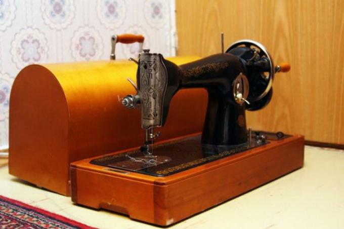 Как отремонтировать швейную машинку