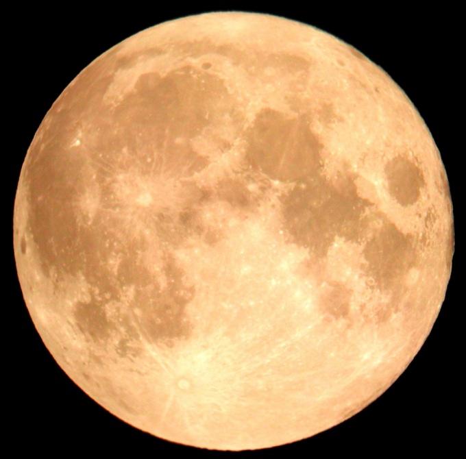 Как сфотографировать кратеры на Луне?