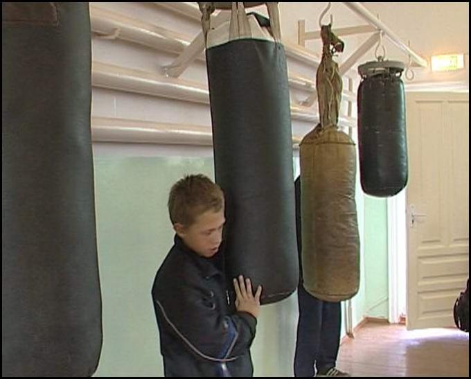 Как сшить самому боксерскую грушу
