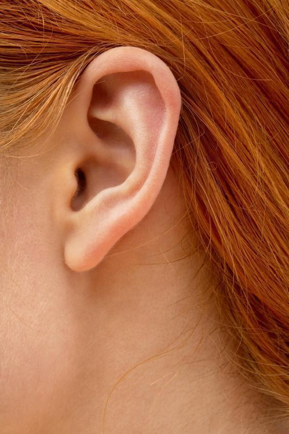 Как лечить пробки в ушах