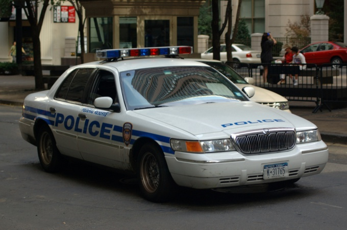 Вызвать милицию с сотового телефона можно, даже если у вас нет денег на счету