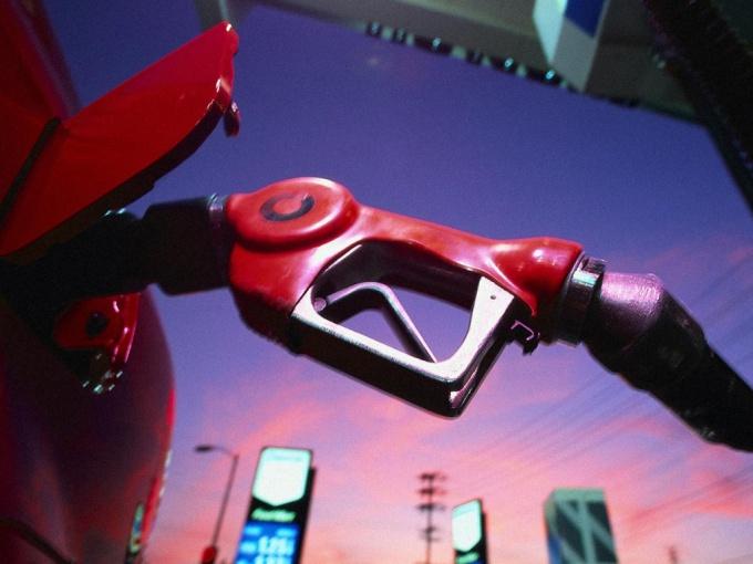Как перевести двигатель с 92 на 80 бензин