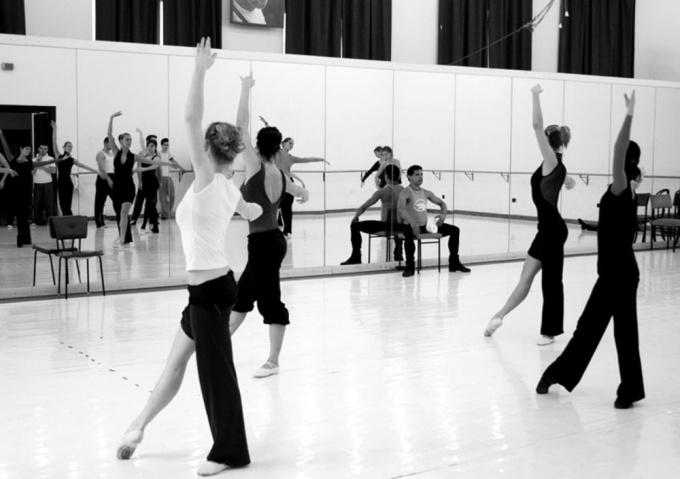 Как научиться танцевать в <strong>балете</strong>