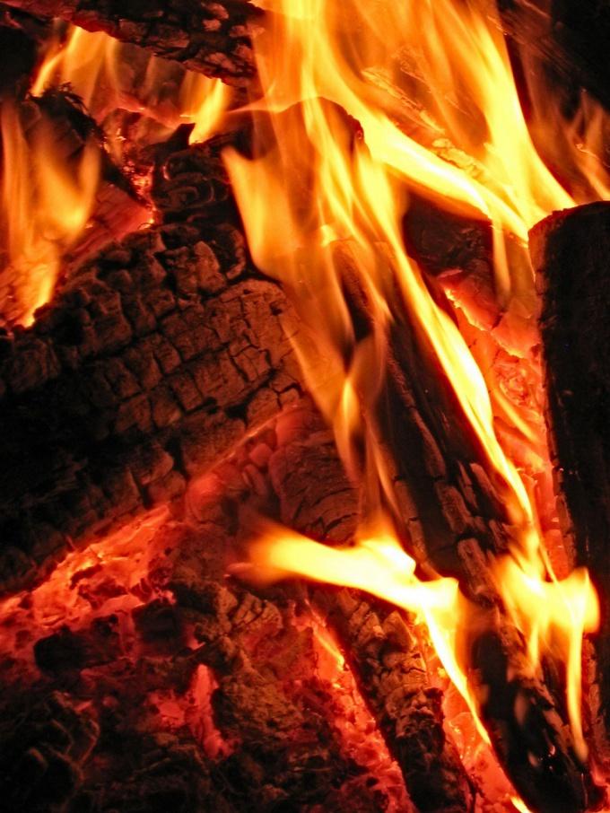 Огонь согреет в непогоду