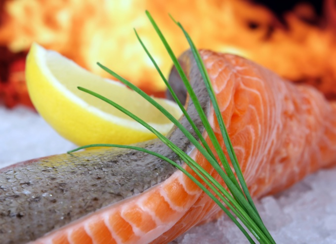 How to separate a fillet of fish
