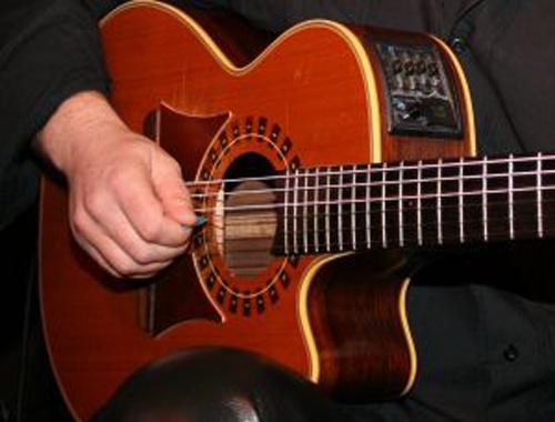 Как подключить акустическую гитару
