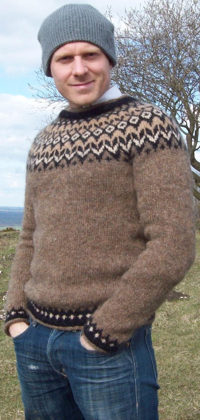 Как связать примитивный свитер