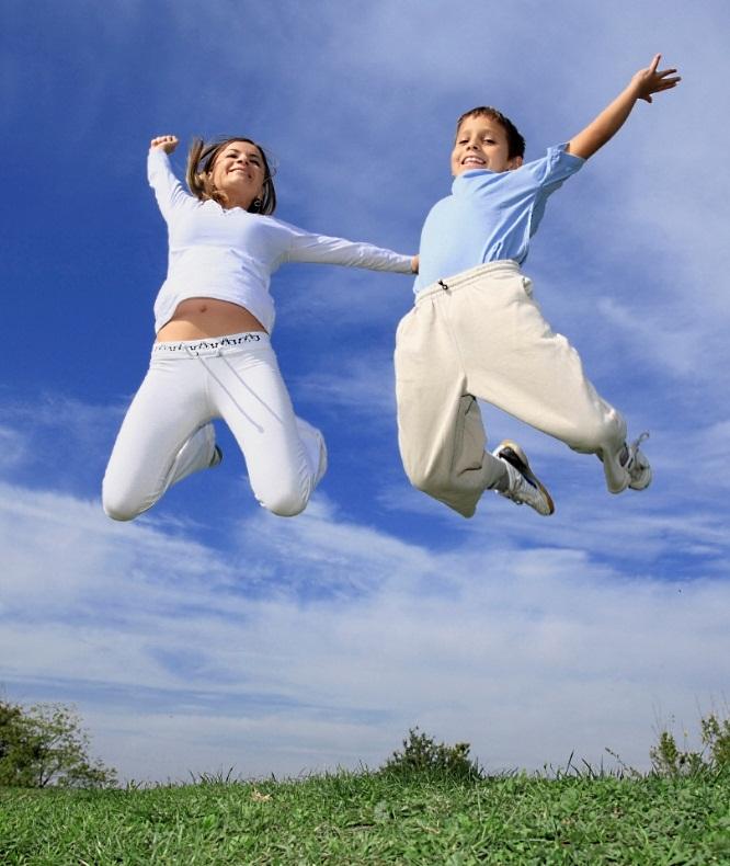 Родители должны учить ребенка прыгать