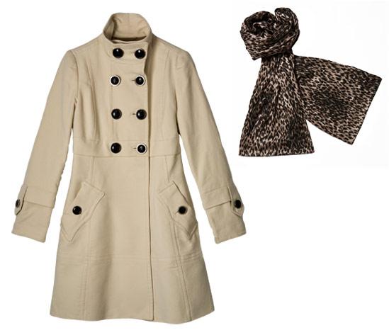 Важно подобрать шарф, сочетающийся цветом с <strong>пальто</strong>