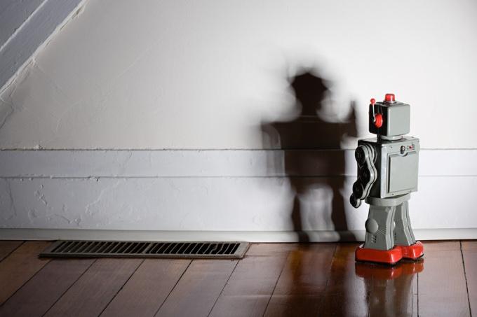 Как сделать маленького робота