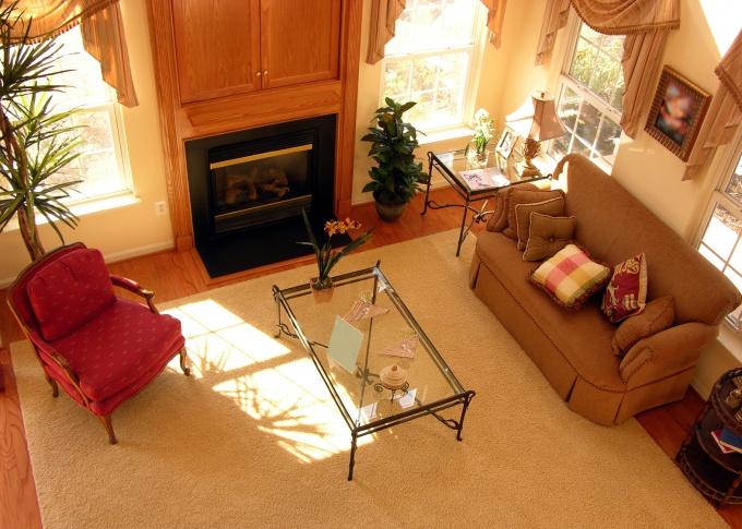 Увеличить площадь комнаты можно, избавившись от лишних перегородок