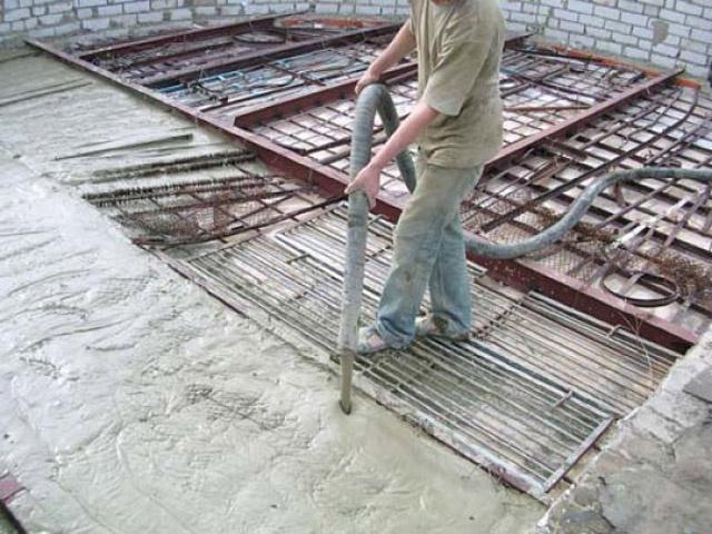 Как построить монолитный дом