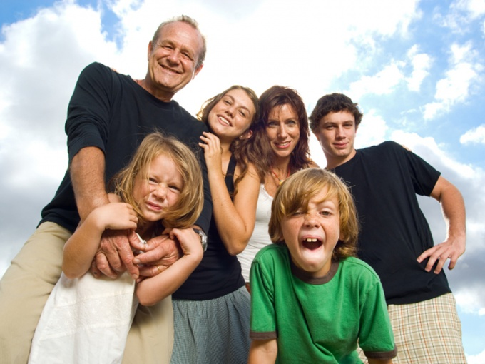 Как помогать взрослым детям