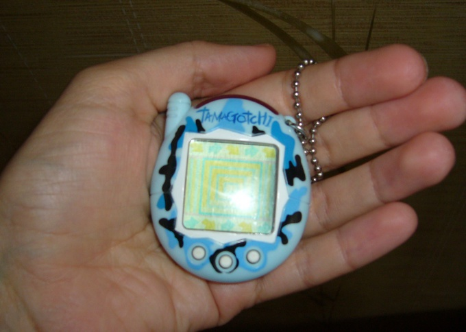 How to play Tamagotchi