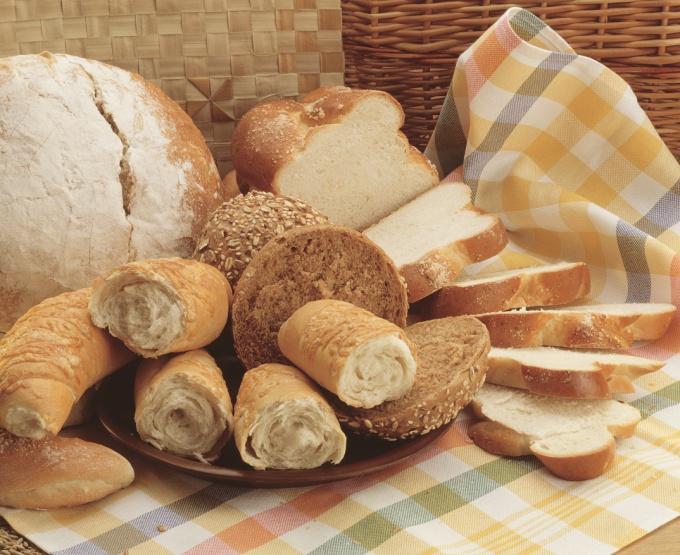 Правильно нарезать хлеб и красиво разложить - не такое простое дело!