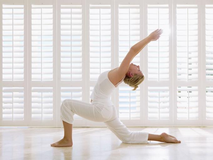 Как обучиться йоге