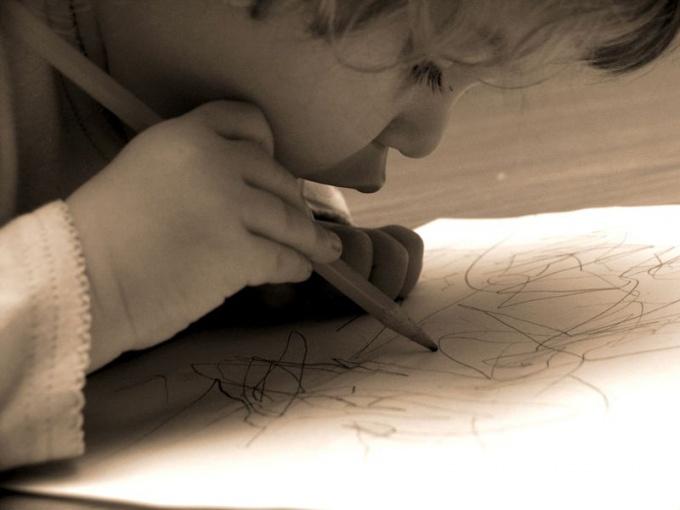 как нарисовать открытку для мамы