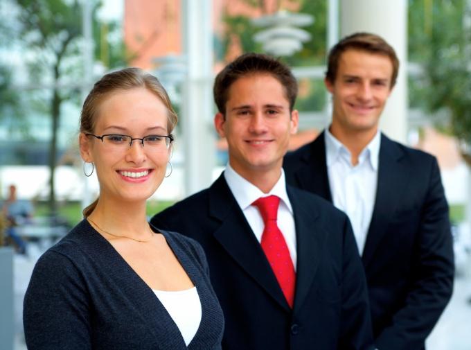 Первое, что понадобится для турагентства - это офис и штат сотрудников