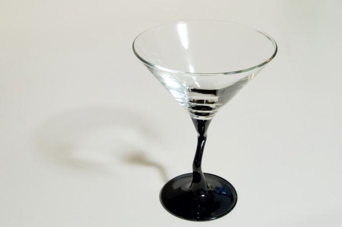 Как пить <strong>Мартини</strong> <b>Россо</b>