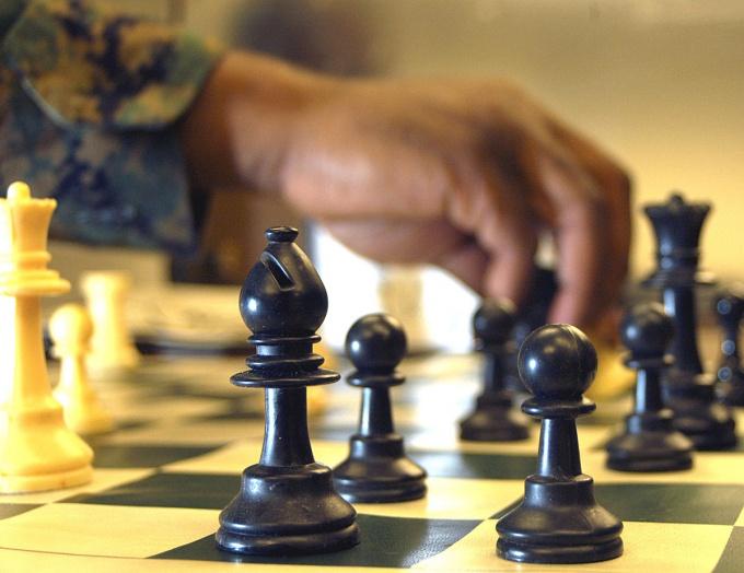 Как поставить шах
