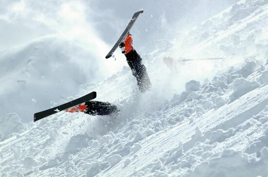 Для спортсменов умение падать жизненно важно.