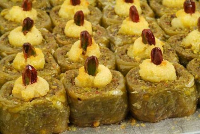 How to make honey baklava