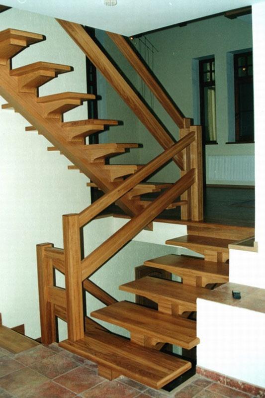 Как сделать лестницу из дерева