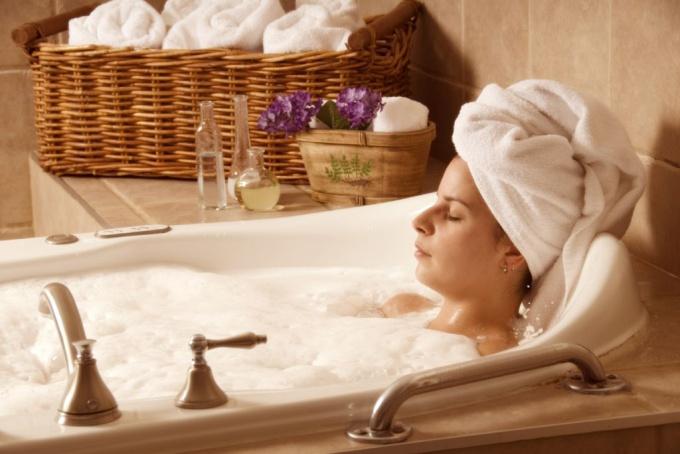 Расслабляющая ванна может заснуть