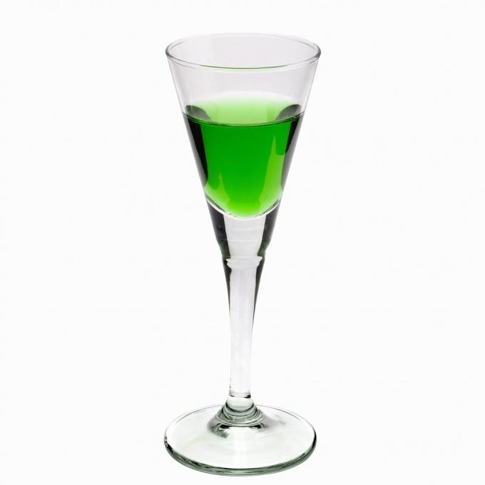 Как пить алкогольные <strong>напитки</strong>