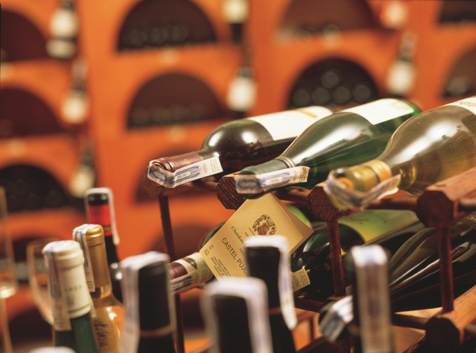 С каждым алкогольным напитком связана культура его употребления