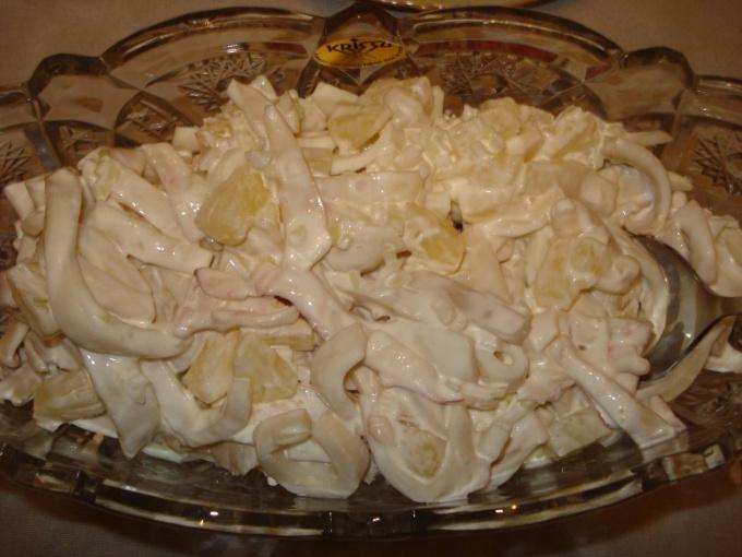 Как приготовить кальмаровый салат