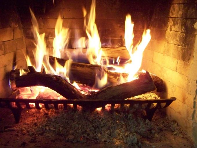 Огонь в печи символизирует домашний уют
