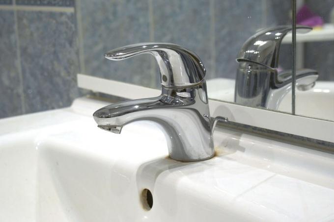 Как разобрать водопроводный кран