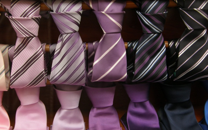 Как завязывать широкие галстуки