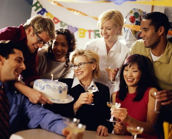 Для организации незабываемого веселья от вас потребуется максимальное привлечение фантазии