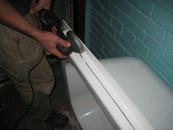 Как закрепить стальную <strong>ванну</strong>
