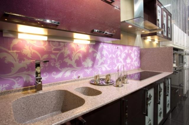 Как крепить стеновую панель для кухни