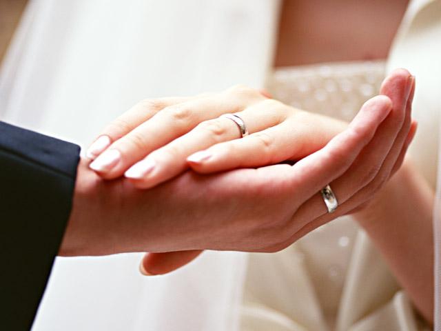 Браки с американцами тоже заключаются на небесах