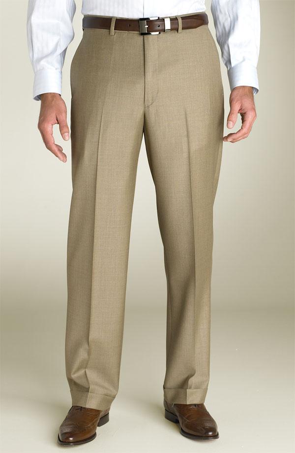 Нужная длина придает брюкам дополнительную элегантность.